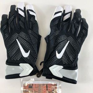 NIKE VAPOR KNIT ADULT RECEIVER FOOTBALL GLOVES